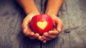 الحب -13 تفاح