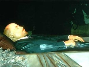 lenin-embalmed-body-05